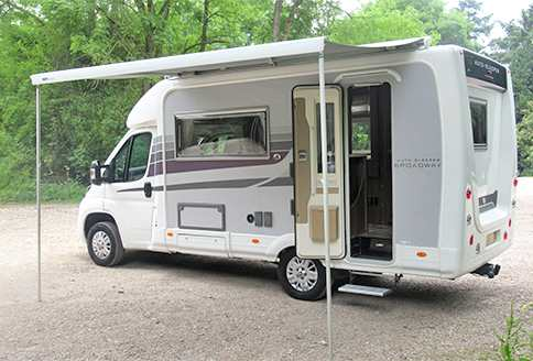 Used Auto-Sleeper Broadway EK TB LP Side-View-Awning