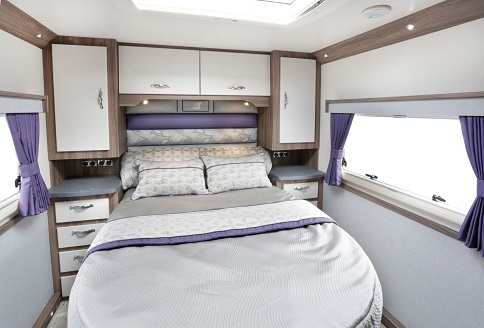 Auto-Sleeper Corinium fb