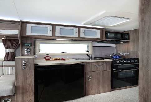 Auto-Sleeper Corinium RB 2018 Kitchen
